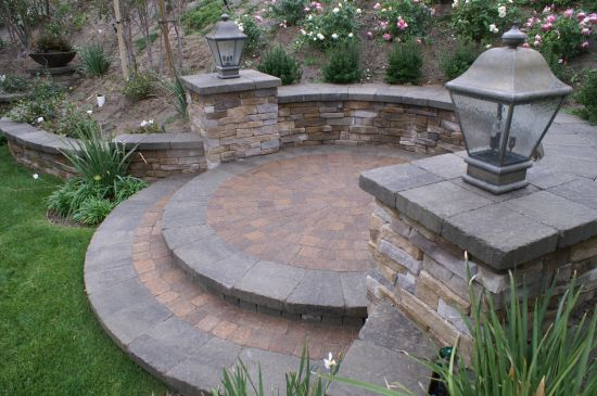 Patio Paver With Retaining Wall